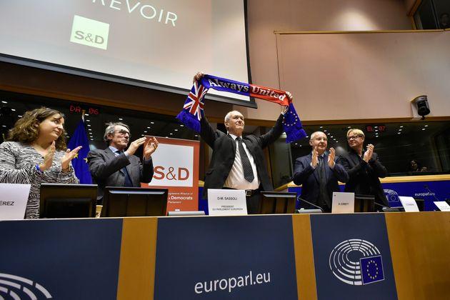 Despedida de los europarlamentarios laboristas