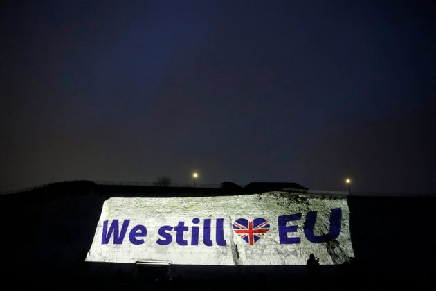 Brexit οριστικά και αμετάκλητα: Η Βρετανία είναι και επίσημα εκτός Ευρωπαϊκής