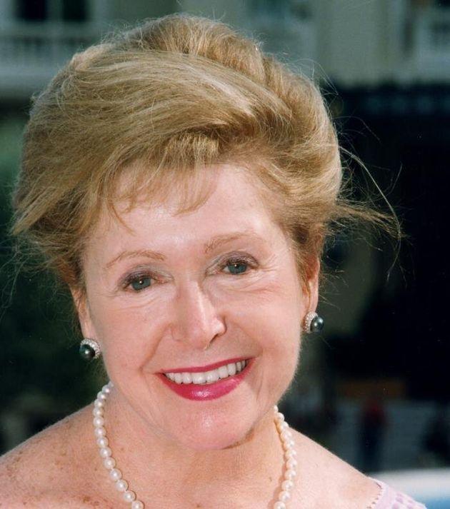 Muere la escritora Mary Higgins Clark, la