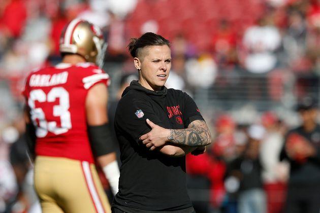 49ersのオフェンシブアシスタントコーチ、ケイティー・ソワーズ。