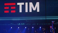 Fino a 155 chiamate in un mese: multa da 27,8 milioni di euro a Tim per l'attività di