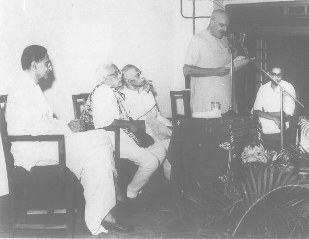 Haldane speaking at the Indian Statistical Institute, Calcutta, in August 1960. © Indian Statistical