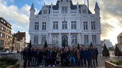 Les Jeunes avec Macron en campagne à Hénin-Beaumont, le maire RN les accuse de