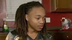 Suspendu par son lycée à cause de ses dreadlocks, il se retrouve invité aux