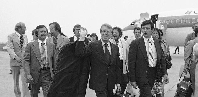 Jimmy Carter arrive à Des Moines dans l'Iowa en 1976 pour deux jours de campagne sur le