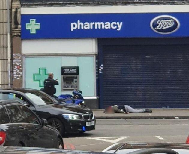 Βρετανία: Ανδρας μαχαίρωσε περαστικούς στο Λονδίνο - Τρομοκρατική επίθεση βλέπουν οι