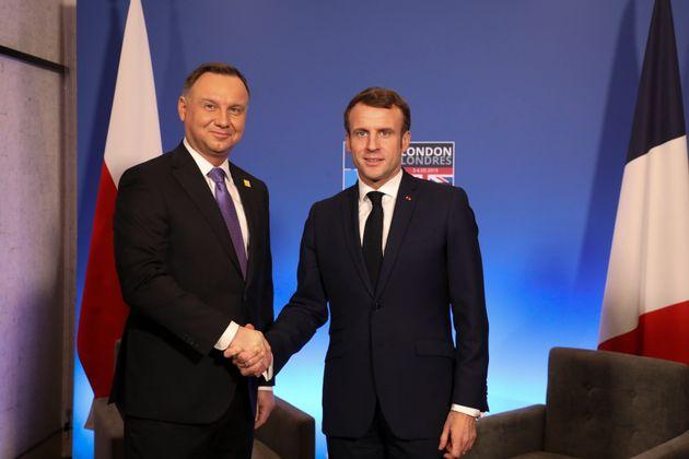 Comment Macron veut se réconcilier avec Andrzej Duda,