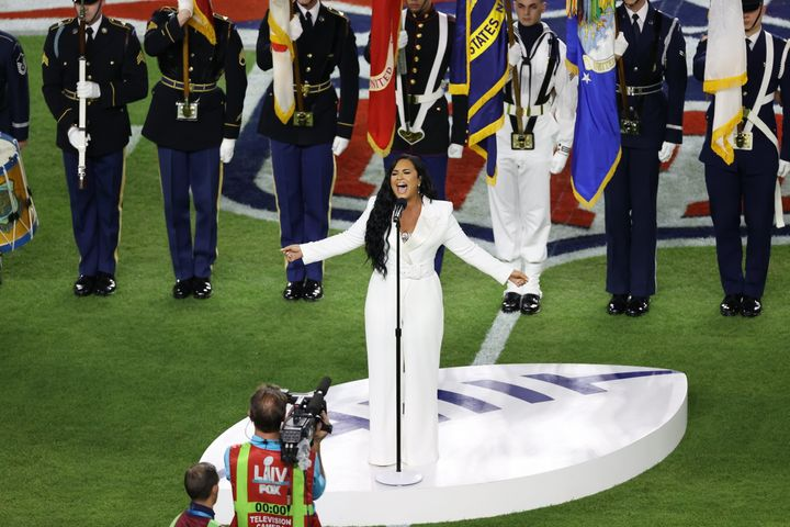 Westlake Legal Group 5e375ba3220000300023d749 Demi Lovato Crushes National Anthem At Super Bowl With Powerhouse Vocals