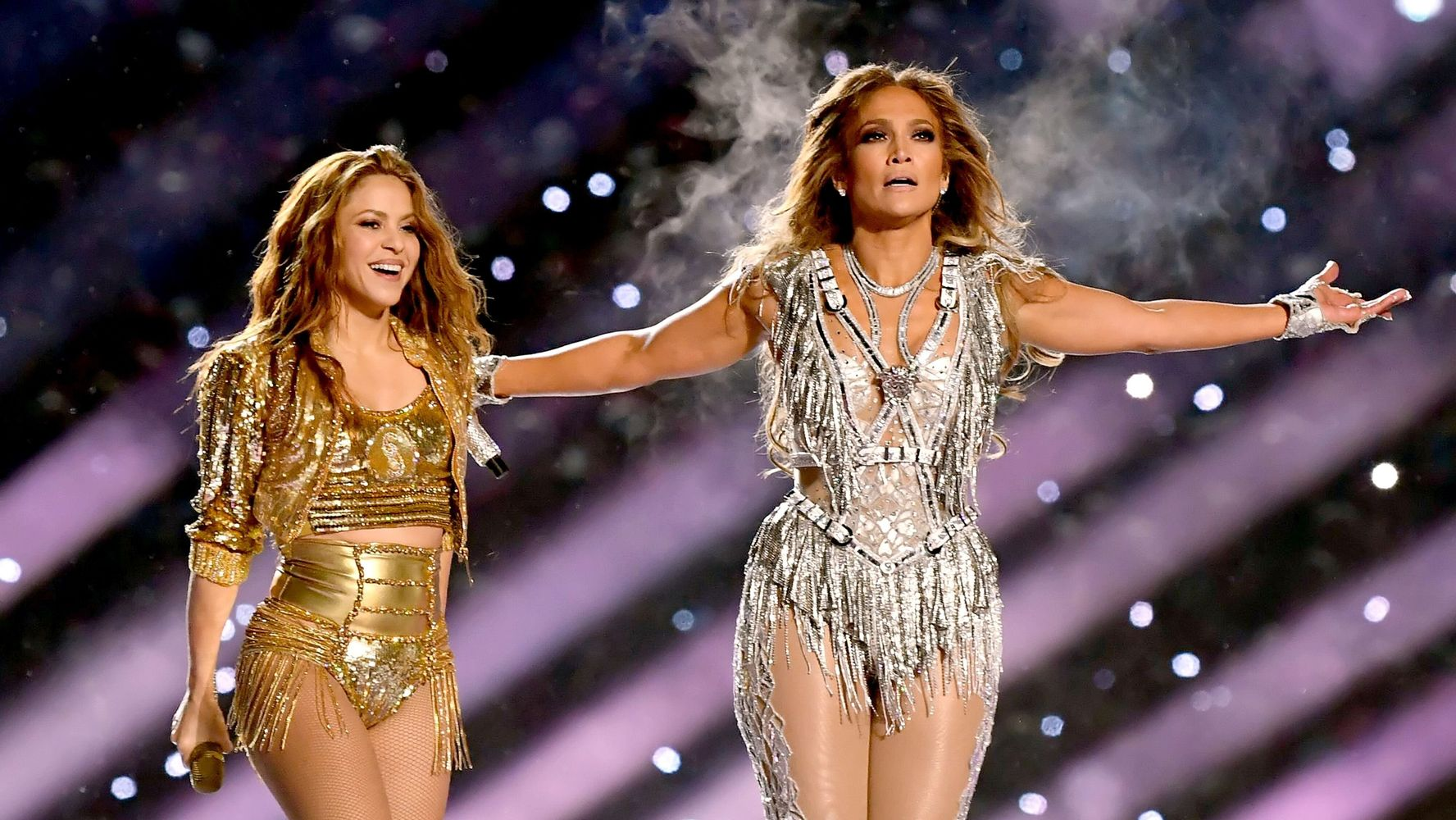 Westlake Legal Group 5e377956230000f9066ec451 Jennifer Lopez And Shakira Bring The Heat In Killer Super Bowl Halftime Show