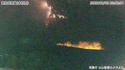 口永良部島が噴火。1年ぶりに火砕流が発生。噴煙7000mに達する
