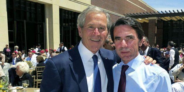 José María Aznar junto a George W.