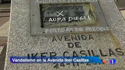 Seguidores de Diego López atacan el monolito de Iker Casillas en