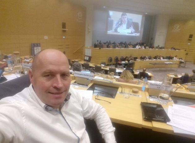 Christophe Marécaux en séance au Conseil régional des