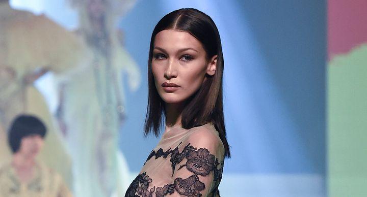 La mannequin de 23 ans a été victime des remarques dégradantes de l'ancien directeur marketing de la marque,Ed Razek.