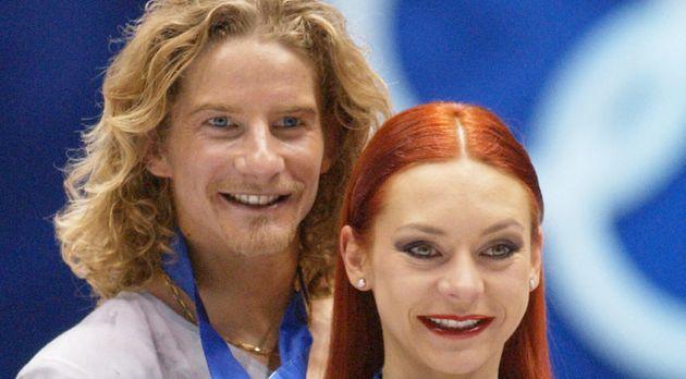 Gwendal Peizerat, ici avec sa partenaire Marina Anissina en février 2002 aux JO d'hiver de Salt Lake...