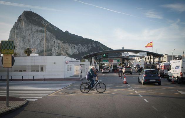 Border between La Linea de la Concepcion (Spain) and