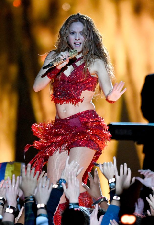 Shakira S Super Bowl Outfit Looks Almost Exactly Like Her Zootopia Character S Huffpost