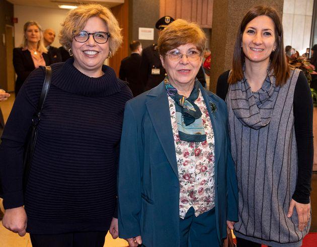 Da sinistra: Concetta Castilletti, Maria Rosaria Capobianchi, Francesca