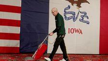 Yang Benar-Benar Tidak Iowa Kaukus Demokrat? Pengguna Twitter Berbagi Teori-Teori Aneh