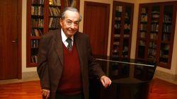 Πέθανε ο συγγραφέας και κριτικός Τζορτζ