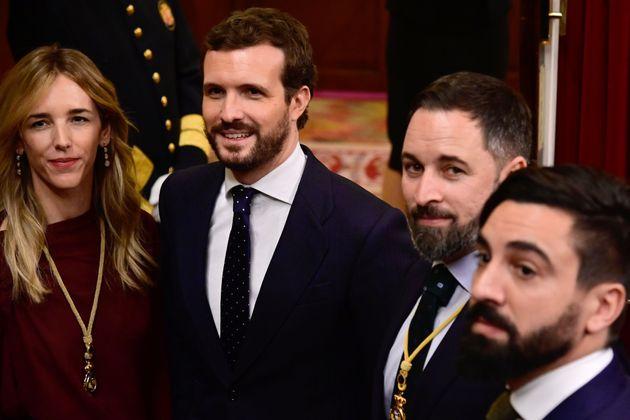 Cayetana Álvarez de Toledo, Pablo Casado y Santiago Abascal, en la sesión solemne de apertura...
