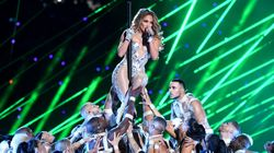 JLo's Super Bowl Pole Dance Was Cringeworthy To Many Real Strippers. Here's