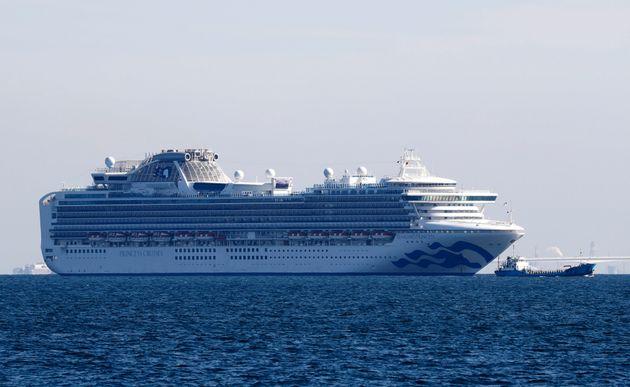2月5日、横浜沖に停泊中のダイヤモンド・プリンセス号