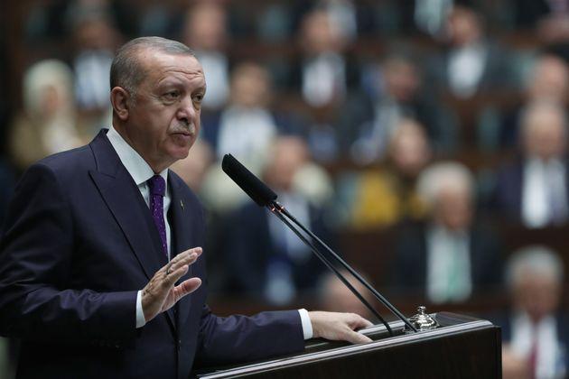 Απόσυρση των συριακών δυνάμεων που είναι γύρω από τουρκικές θέσεις σε συριακό έδαφος ζητά ο