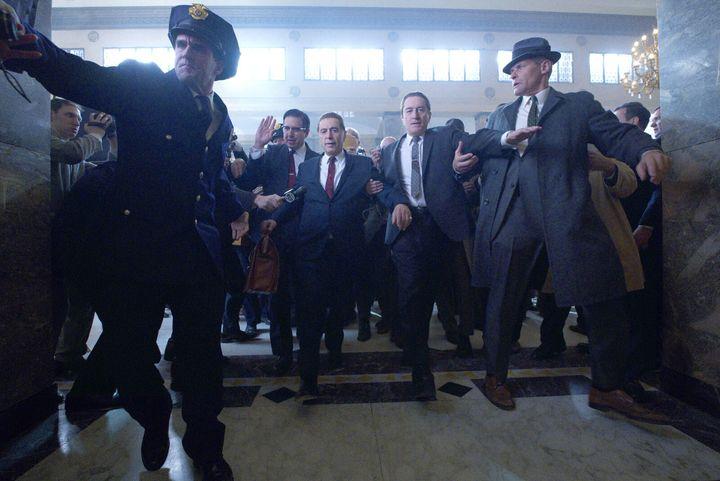 Le syndicaliste Jimmy Hoffa (Al Pacino) et le tueur à gages Frank Sheeran (Robert de Niro)