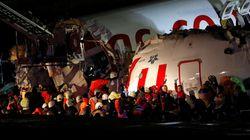 Un aereo esce di pista a Istanbul e si spezza in