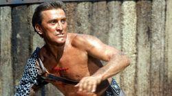 La leyenda del cine Kirk Douglas muere a los 103