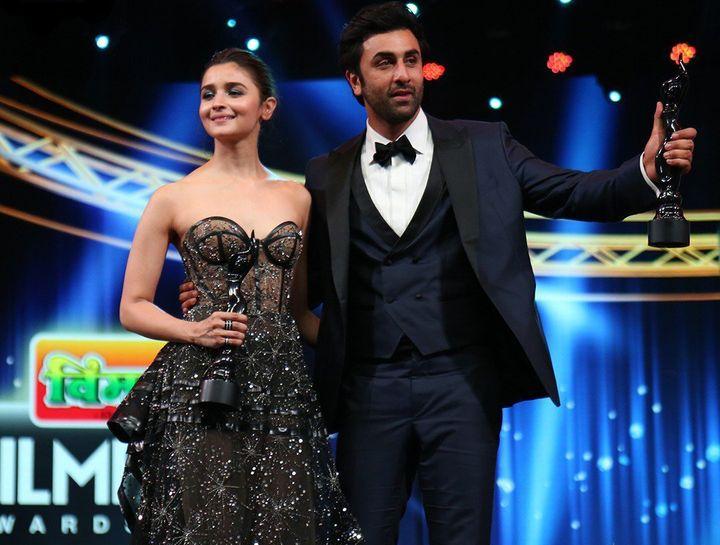 Alia Bhatt and Ranbir Kapoor at the 2019 Filmfare Awards.