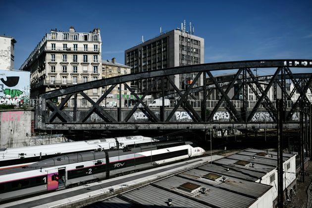 Une vue des rails de la gare de l'Est à