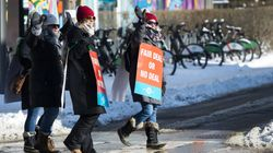 Ontario Public Elementary Teachers Hold 1-Day Strike Across The