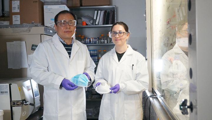 University of Alberta Prof. Hyo-Jick Choi and Mitacs researcher Ilaria Rubino.