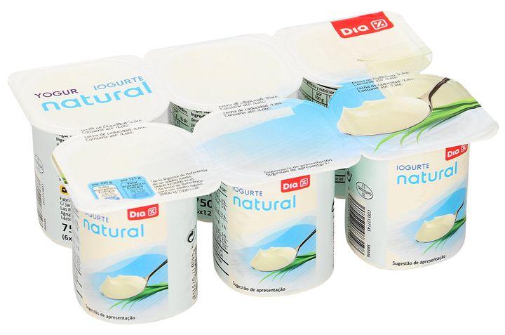 Yogures naturales de Dia.