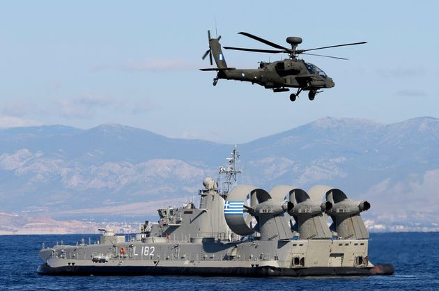 Pew Research Center: Αρνητική εικόνα έχουν για το ΝΑΤΟ οι περισσότεροι Έλληνες και