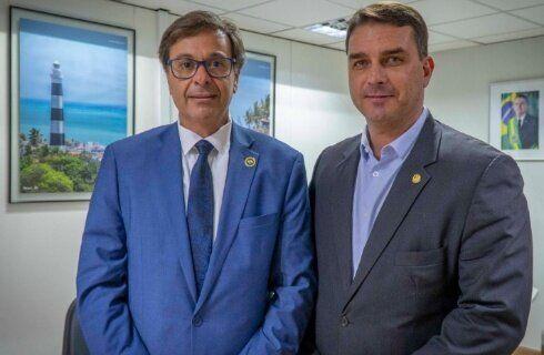 Presidente da Embratur, Gilson Machado, e o senador Flávio
