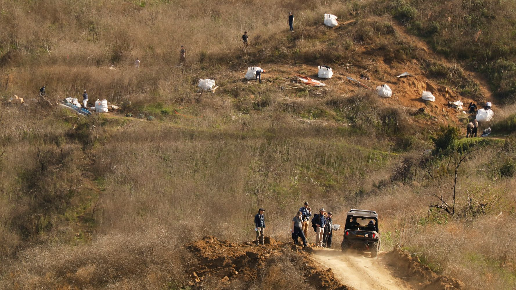 Westlake Legal Group 5e3f2b6b270000ea0738b940 New Details Released On Kobe Bryant Helicopter Crash