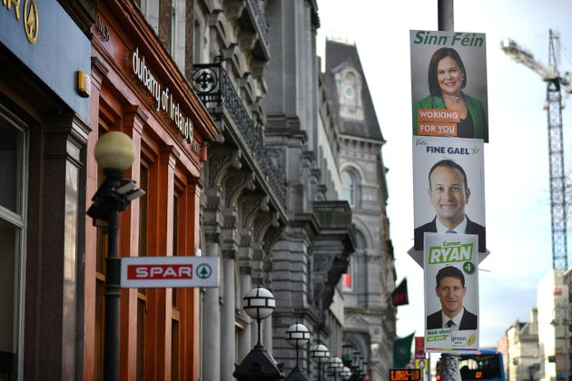 Εκλογές στην Ιρλανδία - Σχεδόν ισοπαλία για τα τρία μεγάλα κόμματα στην Ιρλανδία δείχνουν τα exit