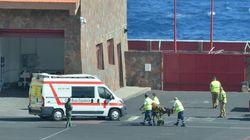 Dos muertos y 18 supervivientes en el rescate de una patera en El