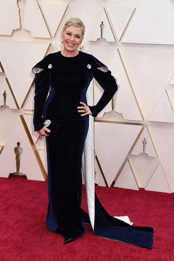 Η Ολίβια Κόλμαν στο κόκκινο χαλί.