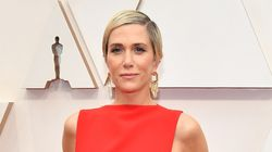 Kristen Wiig's 'Lasagna' Dress At The 2020 Oscars Has Twitter Feeling