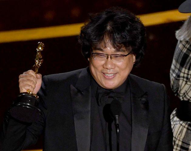 【アカデミー賞2020】ポン・ジュノ監督、『パラサイト』で脚本賞を受賞