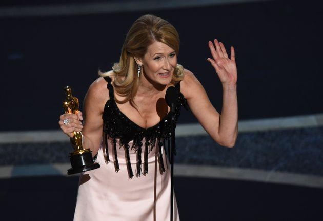 Η Λόρα Ντερν είναι η νικήτρια...