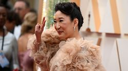 Sandra Oh's Giant-Sleeve Game Is Very Strong On Oscars Red