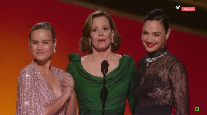 Brie Larson, Sigourney Weaver y Gal Gadot.