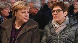 Coup de tonnerre en Allemagne où la dauphine de Merkel renonce à lui