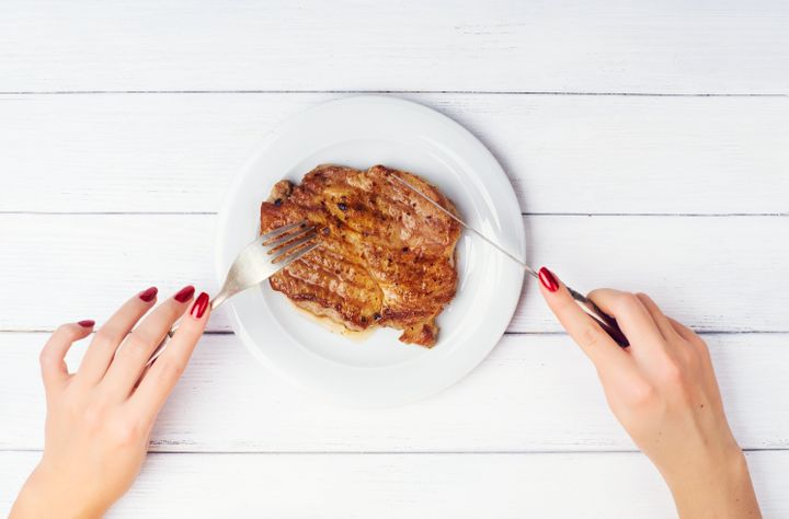 """Pourquoi ne pas choisir un nom neutre comme """"petit steak"""" au lieu d'imposer une étiquette de genre?"""