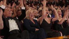 Tom Hanks Und Charlize Theron Gewinnen Beste Oscar-Moment Kleben Für 'Parasit'
